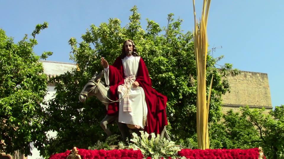 Franciscana Hdad. y Cdia. de Nazarenos de Ntro. Padre Jesús de los Reyes en su Entrada Triunfal en Jerusalén y Ntra. Madre y Sra. de la Paz y Esperanza (Paso de Cristo) 1