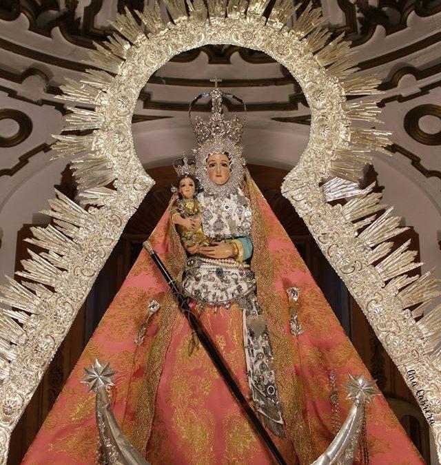 Presentación de los niños a la Virgen de la Estrella 1