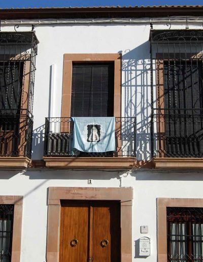 Casa familia Castro Gonzálbez. Está ubicada en la calle Pablo Picasso. Es del s. XIX, de arquitectura popular