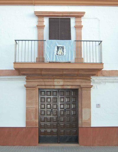 Casa de la familia Muñoz. En la calle Pablo Picasso. Es de arquitectura barroca. Del s. XVIII