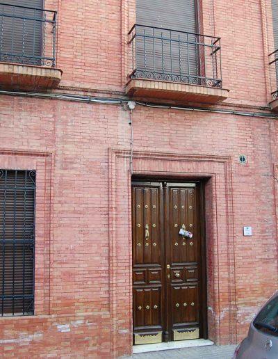 Casa Sebastián García. Se sitúa en la calle Pablo Picasso. Es del s. XX, de historicismo ecléctico