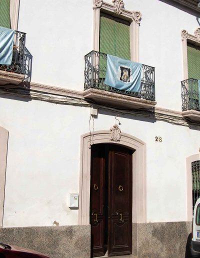 Casa de Ana Tapia - Gaya. Se sitúa en la calle Juan de la Cruz Criado, es del siglo XX, de arquitectura popular