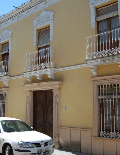Casa de la familia Coleto. Se encuentra en la calle Alta. Es de finales del siglo XIX, de arquitectura popular