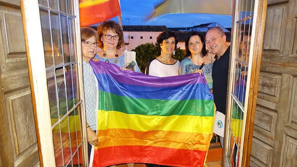 Villa del Río conmemora el Día Internacional del orgullo LGTBI 1