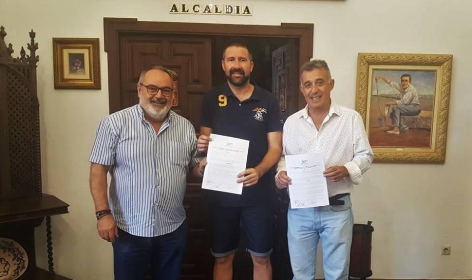 Firmado el convenido con el Villa del Río C.F para la temporada 2018/19 1