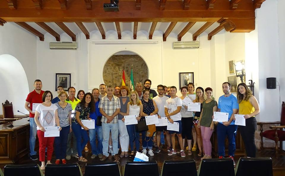 Acto de entrega de certificados de los proyectos Emple@30+ y Emple@ Joven 1