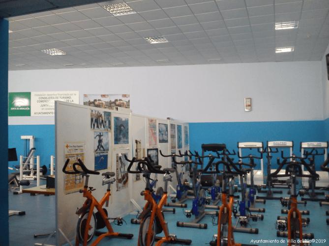 Gimnasio Municipal. Reformado en 2006, cuenta con varias salas de musculación, artes marciales, spinning, aerobic, tercera edad y mantenimiento. Tiene acceso directo al campo de fútbol lo que permite conjugar estas actividades con el deporte al aire libre