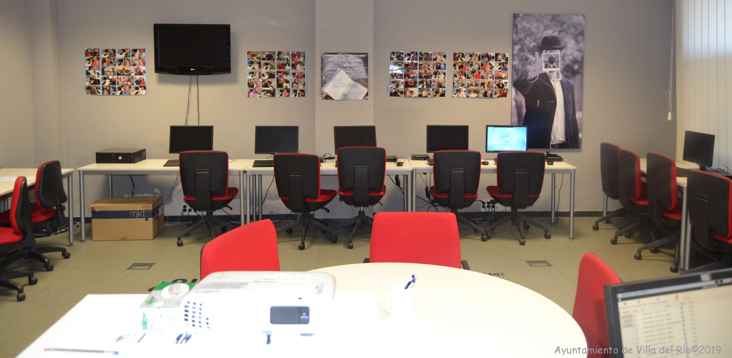 Centro Guadalinfo. Forma parte de la red de innovación social de Andalucía, que ofrece la oportunidad deconocer y usar las TICs