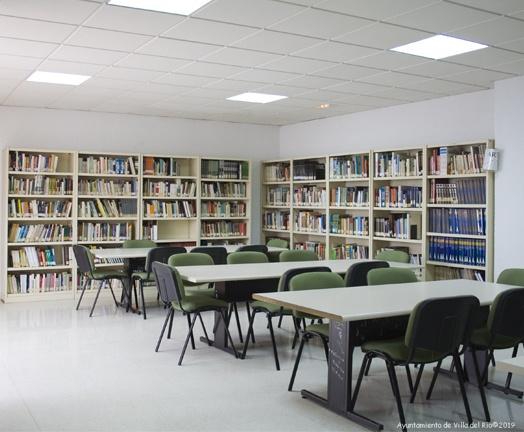 Biblioteca Pública Municipal. Horario: Lunes a viernes: De 16:00 h a 20:30 h. Sábados: De 10:00 h a 13:00 h