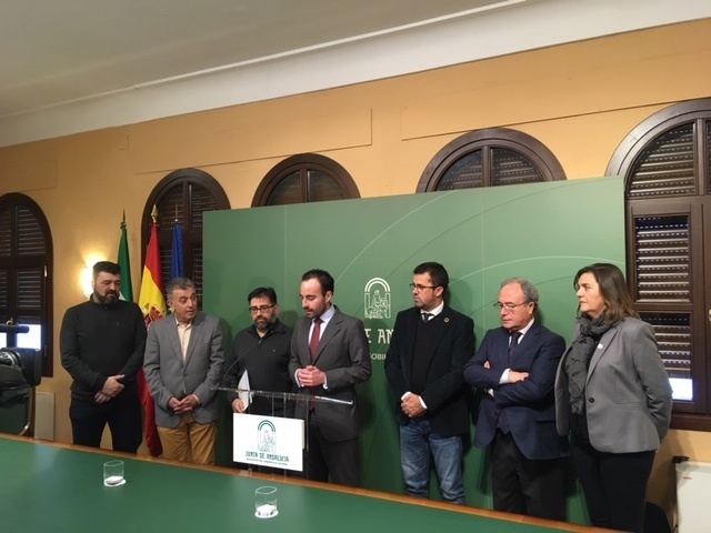 El Ayuntamiento de Villa del Río rubrica el 'Pacto por la consolidación de la industria de la madera y el mueble de Córdoba' 1