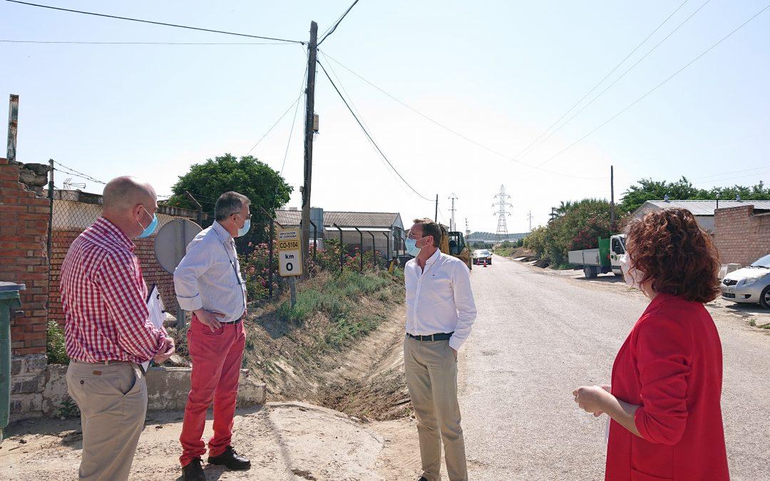 Firma del acta de replanteo e inicio de las obras de mejora de la carretera de Cañete de las Torres 1