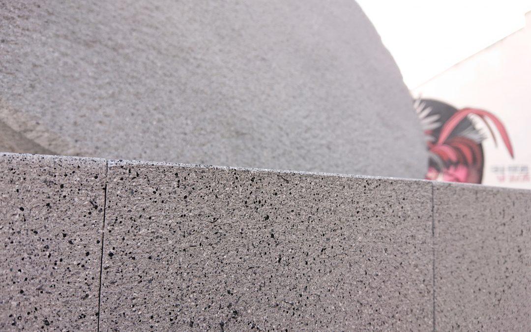Finaliza la rehabilitación de las piedras de molino de la plaza del Aceite 1