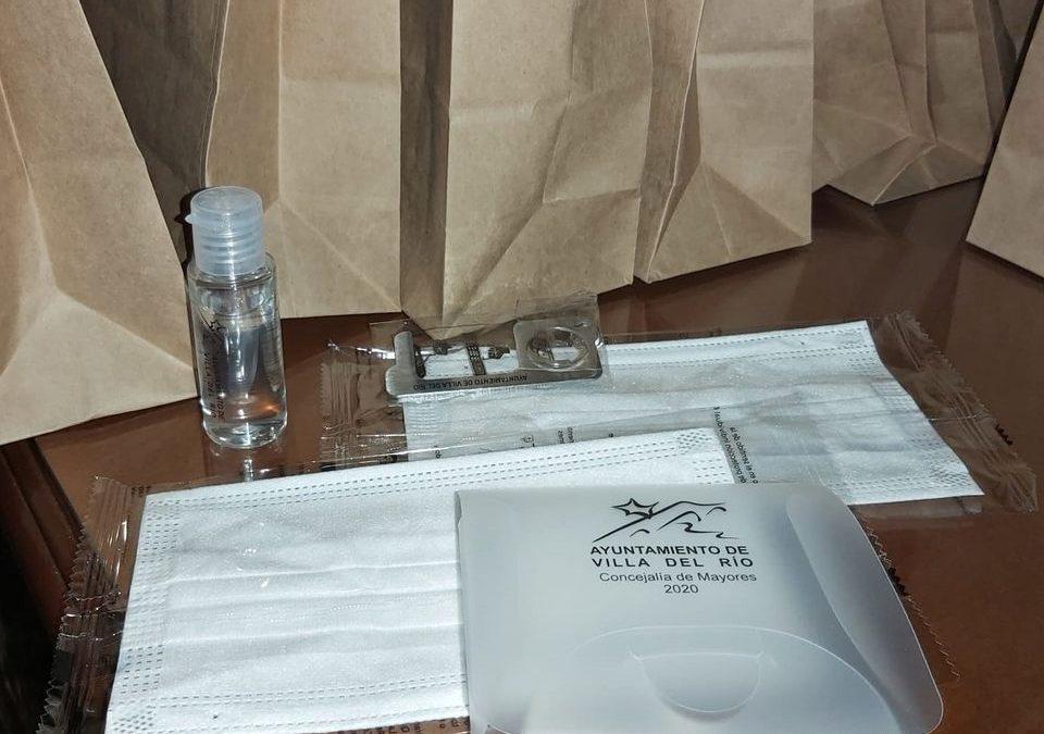 El Ayuntamiento finaliza la entrega de kits COVID-10 a mayores de 65 años