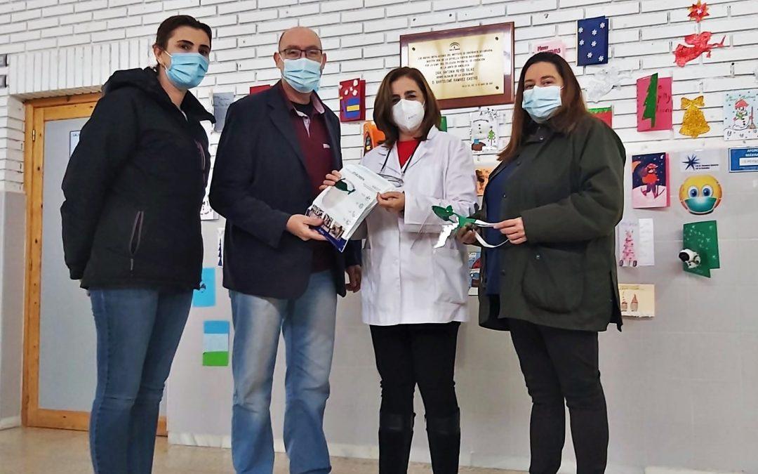 El Ayuntamiento de Villa del Río colabora con la empresa INYEC&CEP, SL en la distribución de 1.000 pantallas faciales para los menores villarrenses 1