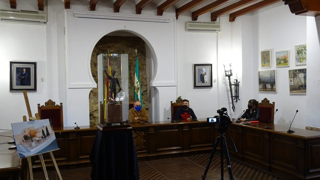 Presentación  a la ciudadanía del boceto de la escultura 'El segador de Villa del Río' 2