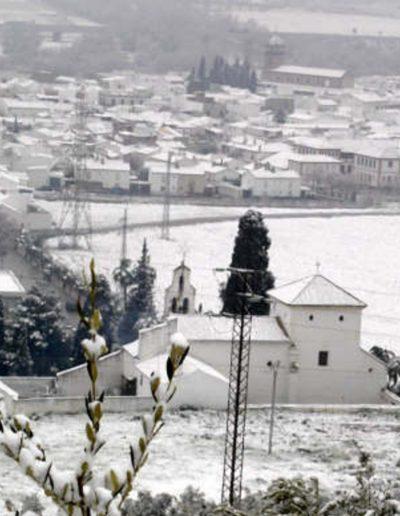 Vista nevada de la Ermita de Nuestra Señora de la Estrella
