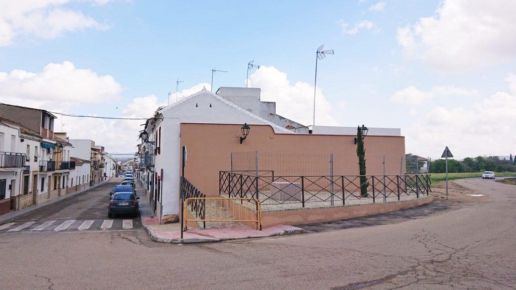 Plaza del Segador | Finaliza la rehabilitación de un espacio público con elemento escultórico 1